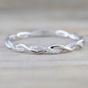 NEW💍STERLING SILVER DIAMOND TWISTED ETERNITY RING